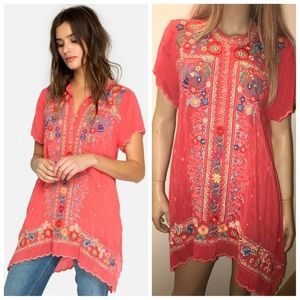 Johnny Was Mikones Tunic in Passion Fruit. Size Lg